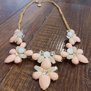 Jewelry - Pink Statement Necklace